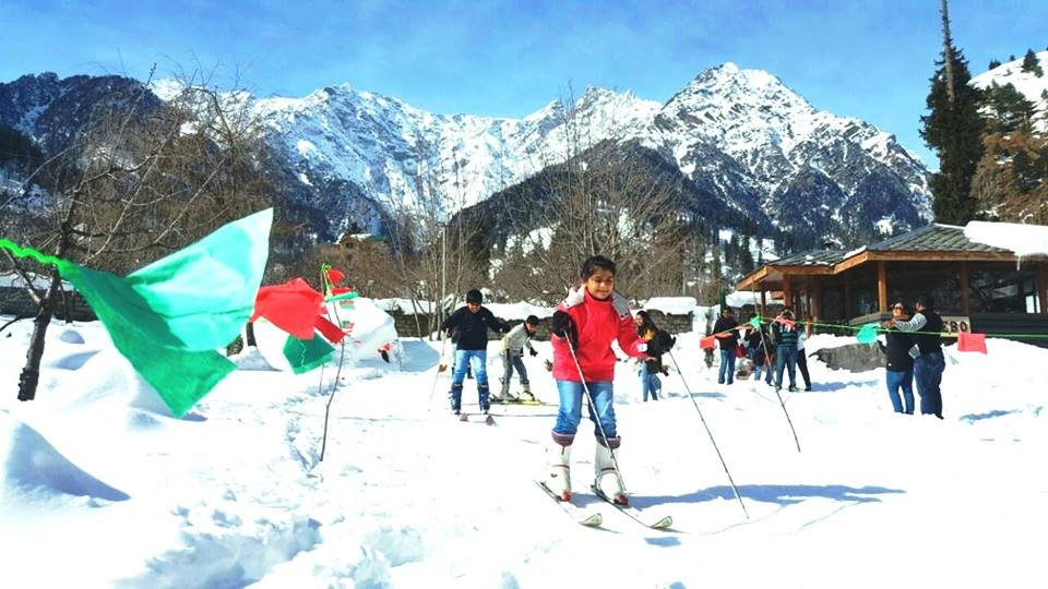 Day 5 : Classes of Skiing Lessons in  Solang Nullah